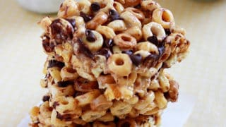 Peanut Butter Cheerio Treats - It Bakes Me Happy