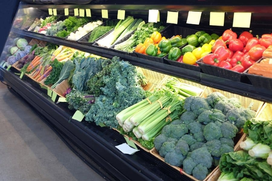 produce aisle to grocery shop on an extreme budget
