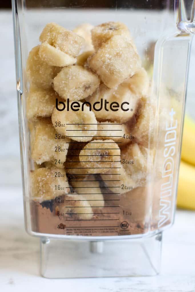 frozen bananas and cocoa powder in a blendtec blender
